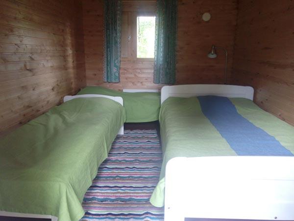 Pikkumökki makuuhuone piha-aitassa Sulkava
